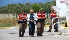 Aranan emniyet müdürü Balıkesirde jandarma tarafından yakalandı