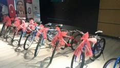 Rize Eğitim Bir-Senden 53 öğrenciye bisiklet