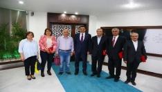 Başkan Aktan emekli personele teşekkür plaketi