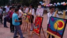 Samandağda öğrencilerden resim sergisi