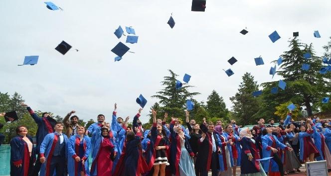 Bafra MYOda mezuniyet coşkusu