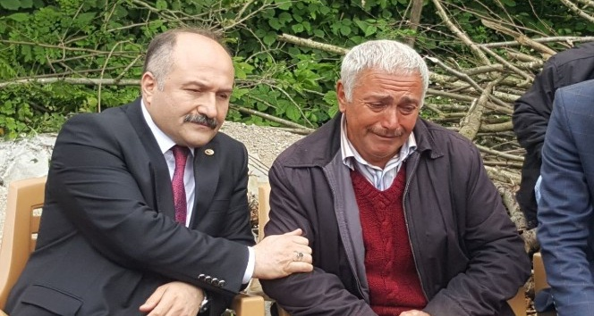 Erhan Ustadan şehit ailesine taziye