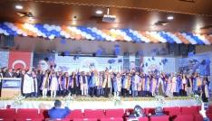 Hitit Üniversitesinde mezuniyet coşkusu