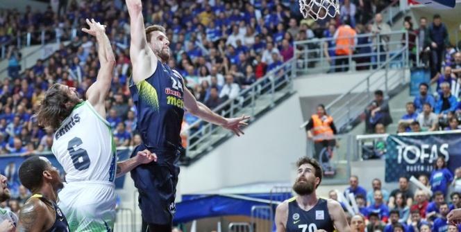 Fenerbahçe yarı finalde: Rakip Daçka!