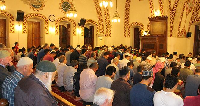 Anadolunun ilk camisinde teravih namazı kılındı