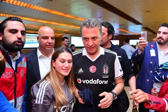 Beşiktaş İstanbul'da coşkuyla karşılandı