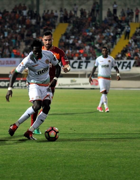 Alanyaspor Galatasaray maçından özel kareler