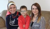 Yazar Hatice Kübra Tongar'dan sosyal medya anneleri hakkında uyarı!