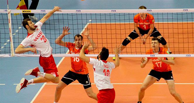 Türkiye: 3 - Hollanda: 2