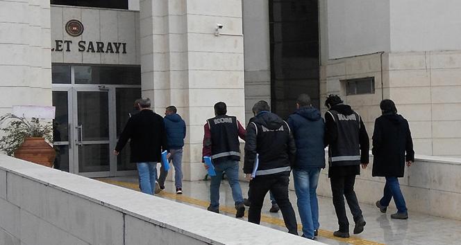 Ankara merkezli FETÖ operasyonu: 35 subay ve astsubay gözaltında