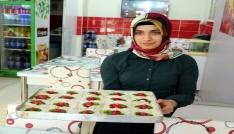 Yozgatta güllaç tatlısı sadece Ramazan ayında sofraları süslüyor
