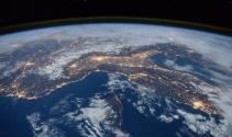 Uzayda 6 ay geçiren Tim Peake'nin objektifinden dikkat çeken kareler