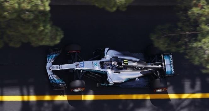 Hamilton bu sezonki 3. zaferine ulaşmak istiyor
