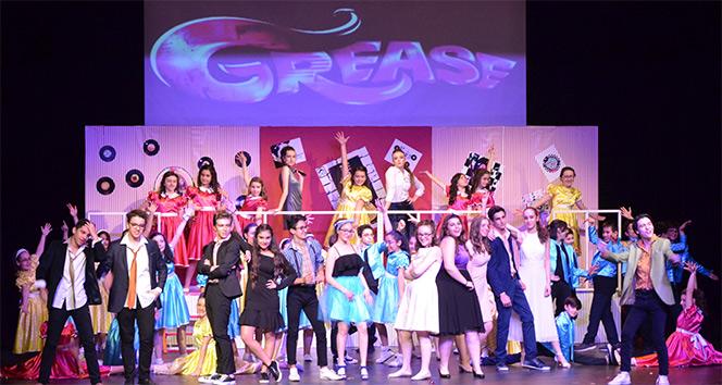 Grease Müzikali Ankara'da sahnelendi