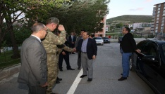 Vali İsmail Ustaoğlu, İl Jandarma Komutanlığında iftara katıldı