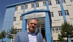 Rektör Özcan, LYS sınavı öncesinde kampus içerisinde inşaatları durdurdu