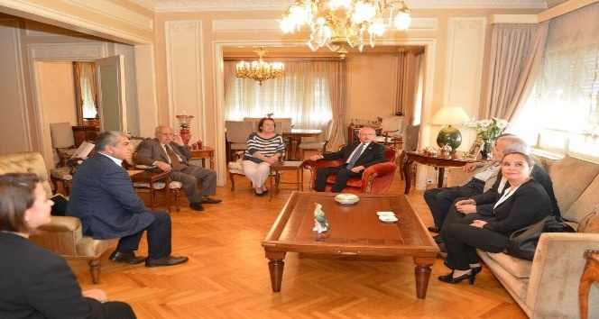 CHP lideri Kılıçdaroğlu, TBMM Eski Başkanı Cindoruk'u ziyaret etti
