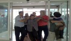Erzincanda tarlada çalışanların üzerine yıldırım düştü: 2 ölü, 6 yaralı