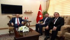 PTT Genel Müdür Yardımcısı Gürbüz Akbulut, Vali İsmail Ustaoğlunu ziyaret etti