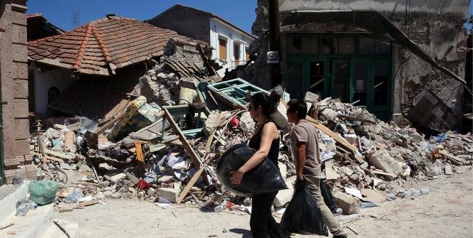 Depremin vurduğu Midilli'de yıkımın boyutu