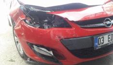 CHPli başkanlar demokrasi yürüyüşüne giderken kaza geçirdi