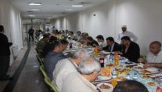 Hastanesi çalışanları ve kurum amirleri iftar yemeğinde buluştu
