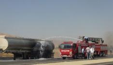 Nusaybinde ham petrol yüklü tankerde yangın
