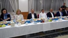 Bakan Kılıç Bitlislilerde sahurda bir araya geldi