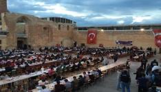Tarihi Sarayda iftar heyecanı