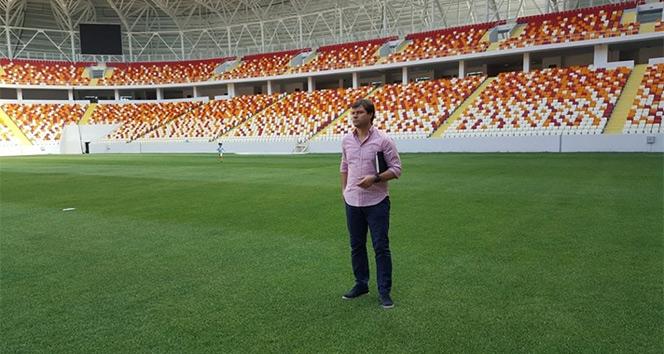 Ertuğrul Sağlam yeni stadyumu gezdi