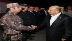 Bakan Işık Mardinde polislerle bir araya geldi