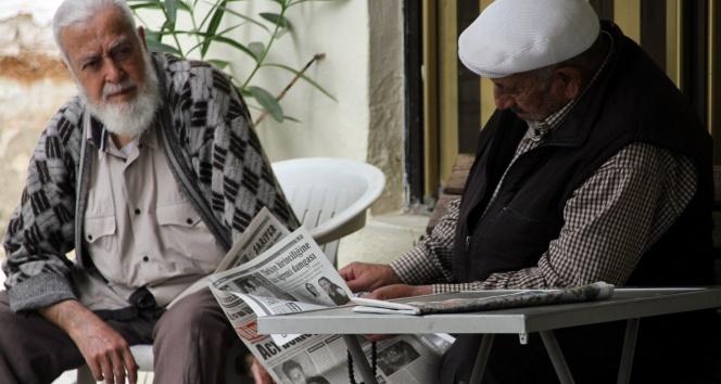 İzmir'deki Çakırbeyli köyü kahvehanelerinde 65 yıldır oyun oynanmıyor