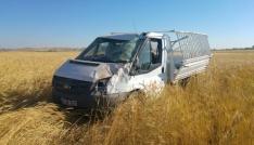 Midyatta tarım işçilerini taşıyan kamyonetler çarpıştı: 4 ölü, 13 yaralı
