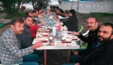 Bitlis Anadolu Lisesi mezunları Adilcevazda iftar açtı