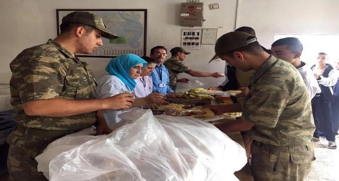 Askerlerin yemekleri belediyelerden