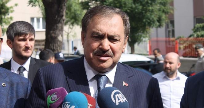 """Bakan Eroğlu'ndan, """"adalet yürüyüşü"""" yorumu:"""