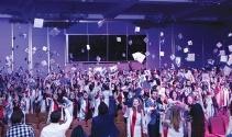 Yeni Yüzyıl Üniversitesi mezunlarını coşkuyla uğurladı