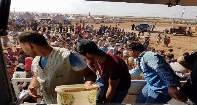 İHH'dan Zoğara Kampı'ndaki Suriyelilere 10 bin kişilik iftar