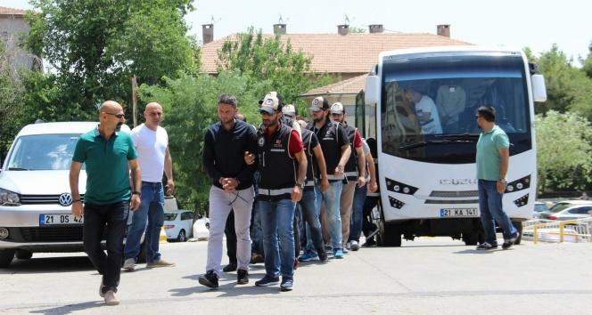 Diyarbakır merkezli 8 ilde dev dolandırıcılık operasyonu