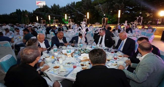 Yenimahalle Belediye Başkanı Fethi Yaşar EMSİAD'ın iftar sofrasına konuk oldu