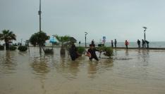 Çatalzeytini sel bastı, evler su altında kaldı