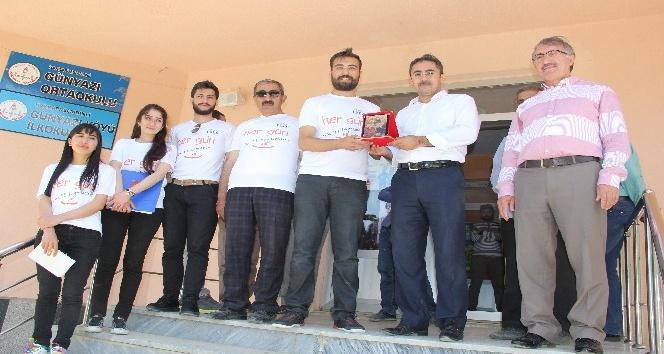 News PDR Grubundan 150 öğrenciye bayram hediyesi