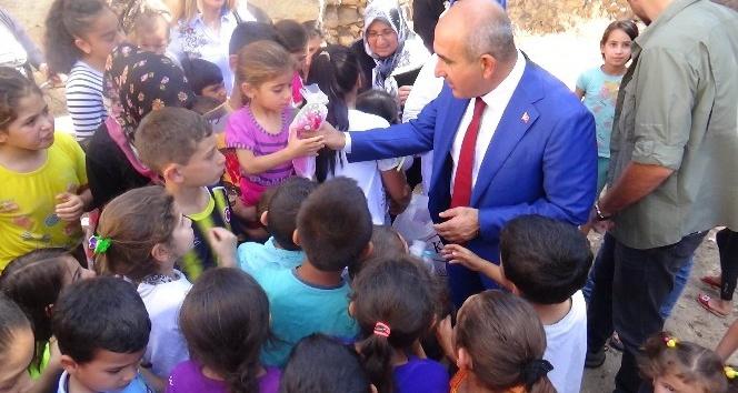 Kiliste Bayram öncesi çocuklara oyuncak bebek dağıtıldı