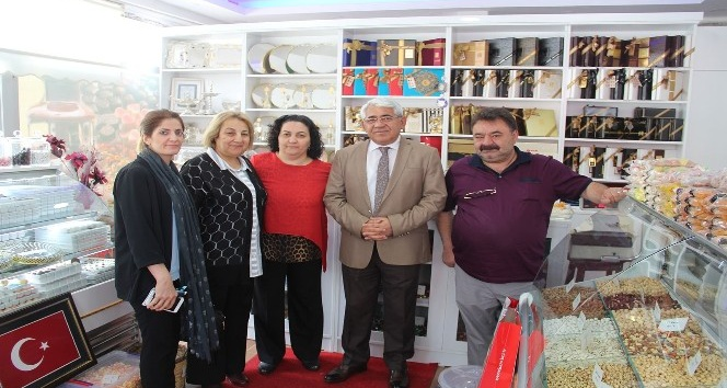 Başkan Karaçanta girişimcilik desteği ile açılan iş yerlerini ziyaret etti