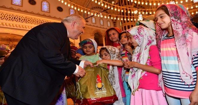 Onikişubatta camiler çocuklarla doldu taştı