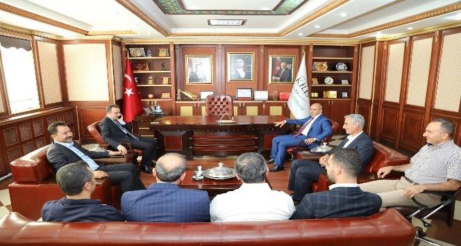Vali Çataklıdan Başkan Karaya veda ziyareti