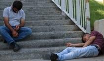 Bonzai krizine giren gençlerin halleri yürekleri burktu