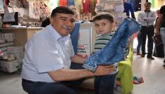 Emet Belediye Başkanı Mustafa Koca: Yetimler gülerse dünya güler