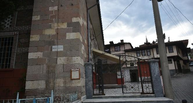 Kastamonuda camiye giren hırsızlar, hayır paralarını çaldı