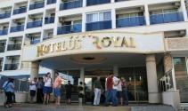 Marmariste otelde rezervasyon skandalı